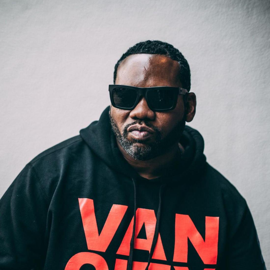 Headshot of hip-hop artist Raekwon
